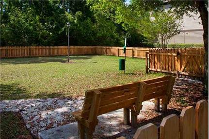 1 bedroom - Discover luxurious Apartments in Jacksonville, FL. Parking Available!