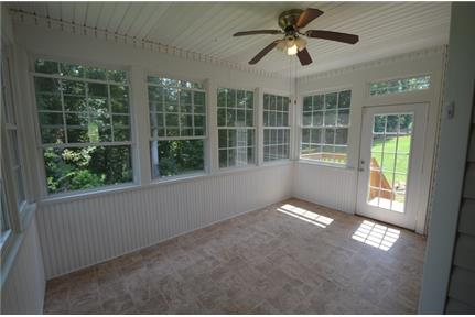 This spacious, gorgeous property is exactly what you're looking for. Pet OK!