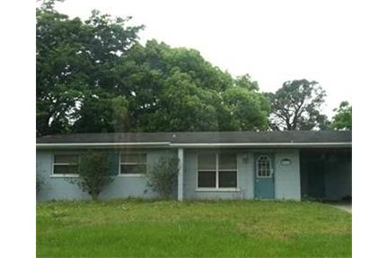 House for rent in Lakeland. Washer/Dryer Hookups!