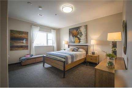 Apartment in move in condition in Ithaca - 6/1-no Large one bedroom apartments with open floor plans flow from the spacious designer kitchen into the substantial living/dining room