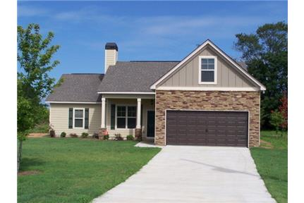 4 Bedroom 2 Bath in Fort Mitchell