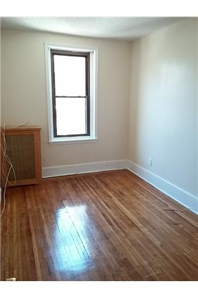 Spacious 4BR/2BA apartment available in S. 46th