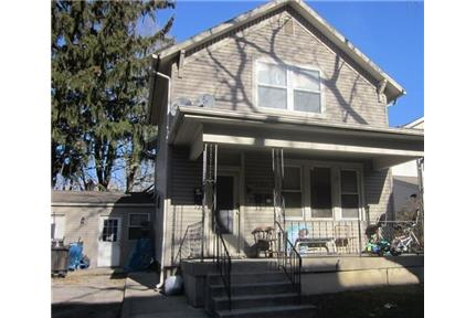 - Great One Bedroom Apartment - ALL UTILITIES INCLUDED!