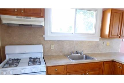 $900 / 2 bedrooms - Great Deal. MUST SEE!