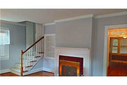 Fantastic location in the middle of Eastover. Pet OK!