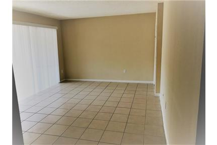 1 bedroom Apartment - Large & Bright in Jacksonville, FL ...