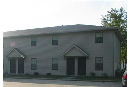 Townhome for rent in Troy, IL.
