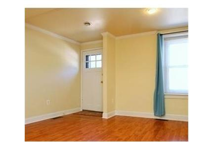4 bedroom row home located in the heart of Manayunk. Will Consider!