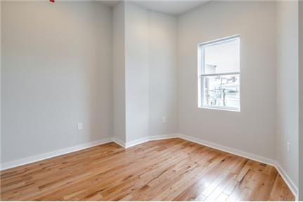 Large Newly Renovated One Bedroom Apartment on South Broad Available 6/1
