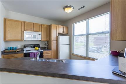 Convenient location 1 bed 1 bath for rent - Square footage: 855 sq