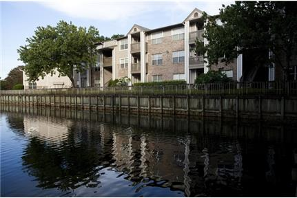Apartment for rent in Orlando. $820/mo - Pets - Max 2 allowed Comments: Two pets allowed per unit