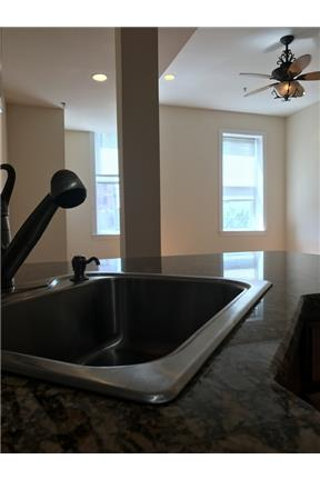 Updated 1BR/1BA apartment available N 3rd