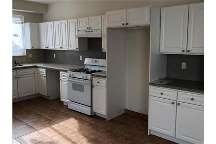 House for rent in Staten Island.