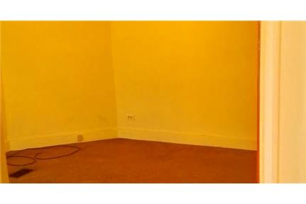 Pittsburgh - AvailableSUPER SPACIOUS 4-6 bedroom. Parking Available!