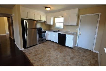 Mobile, 4 bed, 2 bath for rent. Washer/Dryer Hookups! - A Lovely 2-story Country Style Home, 4 bedrooms, 2 baths, Stone Wood burning Fireplace, washer/dryer Conn