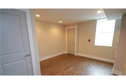 Gorgeous 3 bedroom apartment ready for occupancy. Pet OK!