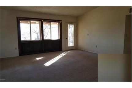 House for rent in Huachuca City. Will Consider!