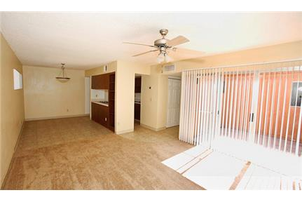 2 bedrooms Apartment - If you're looking for your own single story home in Tucson, Arizona. Parking