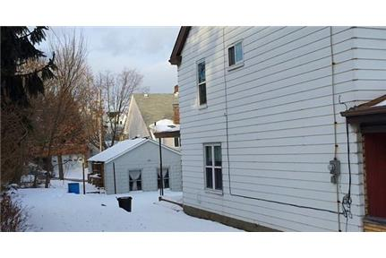 4 bed/1 bath - OFF STREET PARKING, Central AC, Full House Move in ASAP. Offstreet parking!