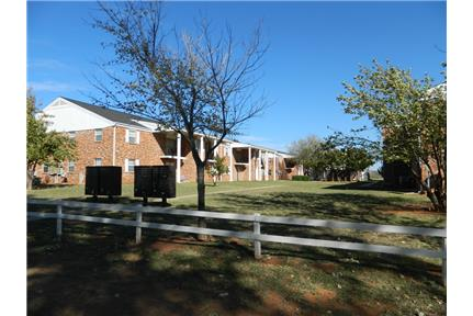 Timbercreek Colonial Apartments