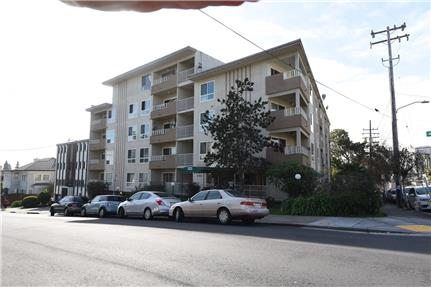 Picture of Apartment for Rent at 305 Euclid Avenue Oakland, CA 94610