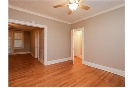 Picture of Apartment for Rent at 1572 Overton Park Memphis, TN 38112
