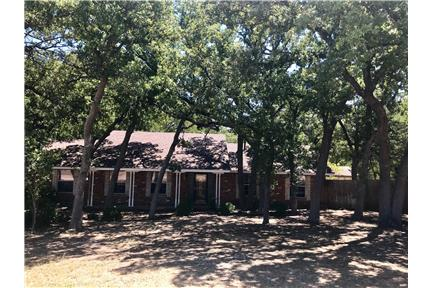 Secluded 3 acre home with Guesthouse for rent in Argyle, TX