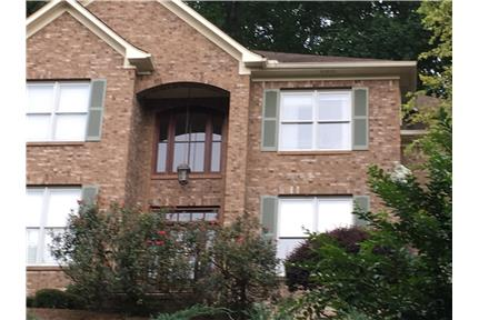 Hillside home in quiet neighborhood for rent in Birmingham, AL