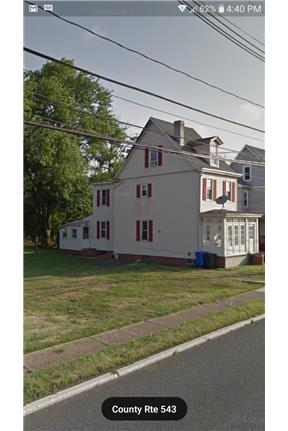 2 Bedroom apartment, centrally located for rent in Burlington, NJ