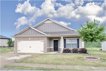 Like new 3 br and 2 bath home in Calera for rent in Calera, AL