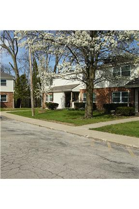 1 2 bedroom apartment in charleston il for greenview manor colonial gardens One bedroom apartments in charleston il
