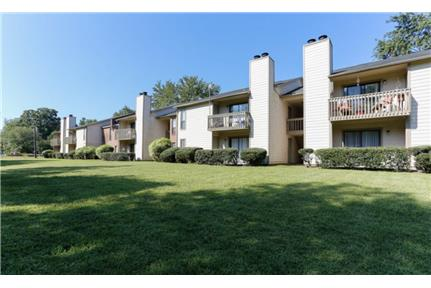 Picture of Apartment for Rent at 1937 Sharon Road West Charlotte, NC 28210