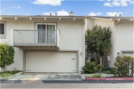 3BR/2B + Den Townhome in Cupertino for rent in Cupertino, CA