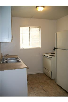 $99 Move In Special!!! Nice 1 Bedroom on Ryburn!