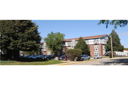 Picture of Apartment for Rent at 829 W. Taylor St DeKalb, IL 60115