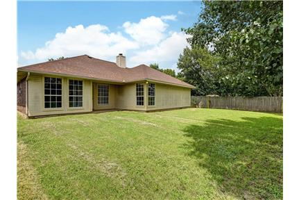 Picture of House for Rent at 5220 Gaelic Ct, Denton, TX 76208