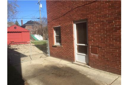 Picture of House for Rent at Chatsworth, Detroit, MI 48224
