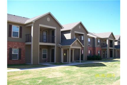 1 3 Bedroom Apartment In Enid Ok For Roosevelt Park Apartments