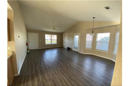 970 S Eastview for rent in Fayetteville, AR