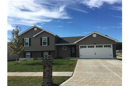 Newer 3 Bed 2 Bath Tri-Level with Upgrades! for rent in Foristell, MO