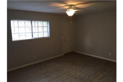 Picture of Apartment for Rent at 101 Steuben Drive Guilderland, NY 12084