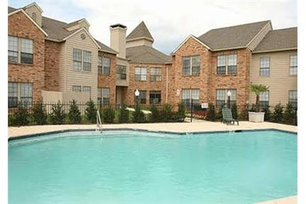 Enjoy the of living in the Mid-Cities at The Carly