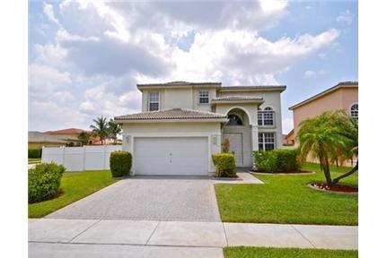 Spectacular two story home in vizcaya for rent in miramar fl