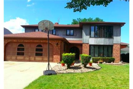 Mount Prospect---Duplex-Second Floor for rent in Mount Prospect, IL
