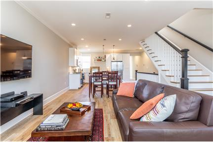 Picture of House for Rent at 816 1/2 8th St NE, Washington, DC 20002
