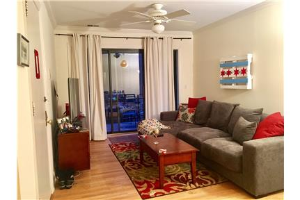 1 Bedroom plus Den-Steps from Wrigley for rent in Chicago, IL