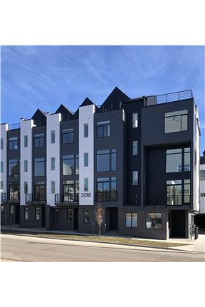 TOWNHOME, 2 Bed w/Spacious Balcony & City Views for rent in Denver, CO