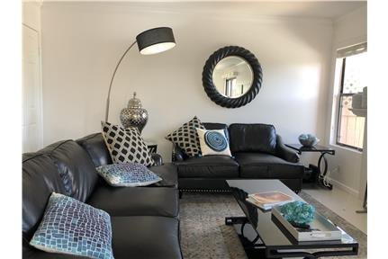 Beautiful furnished condo in the desert for rent in Palm Desert, CA
