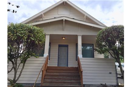 Newly remodel craftsman style single family house
