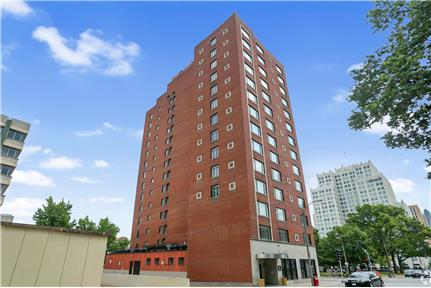 Picture of Apartment for Rent at 1405 Pine Street St. Louis, MO 63103